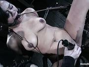Annie Cruz device-bondage xxx 25