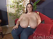Monique XL Girls video 4