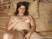 Natural amateur brunette has sex fun